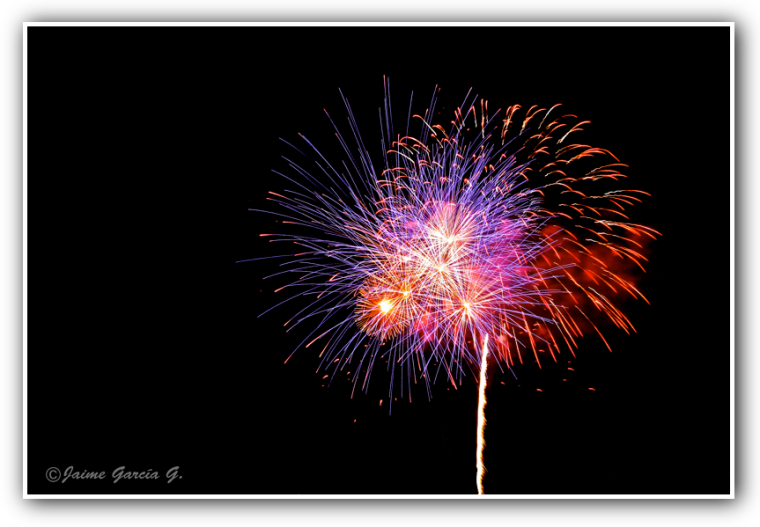 Fuego en flor final, marco